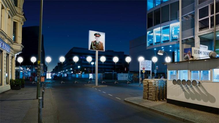 Berliner Lampen-Mauer Lichtgrenze_02