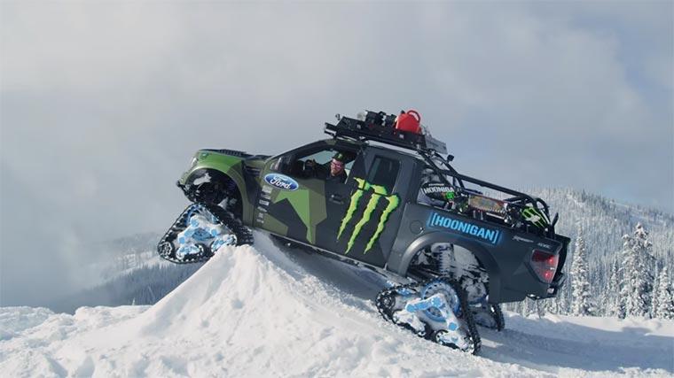 Ken Block macht die Skipiste unsicher ken_block_snowmobil
