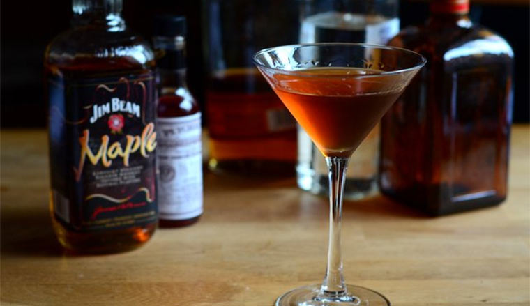 Maple Monday #4 - My Maple Drink maple_manhattan