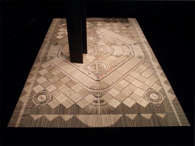 Teppiche aus Alltagsgegenständen wemakecarpets_03