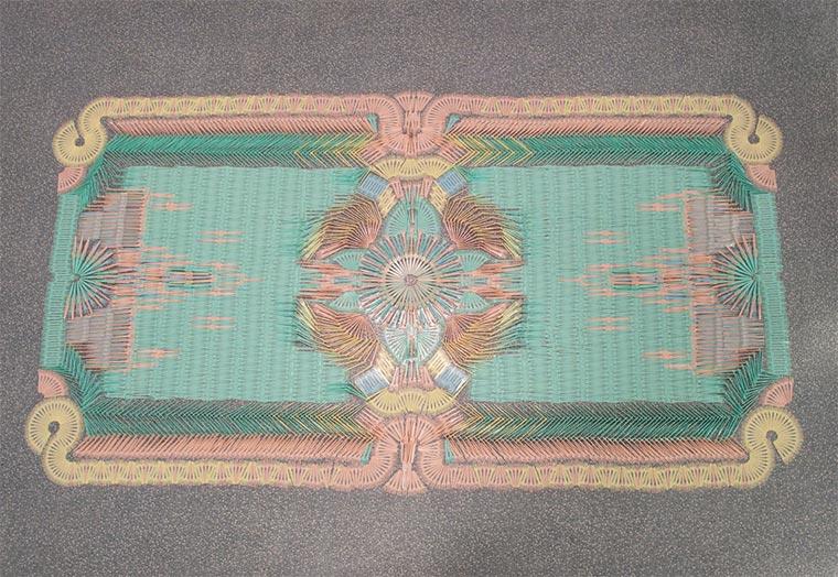 Teppiche aus Alltagsgegenständen wemakecarpets_06
