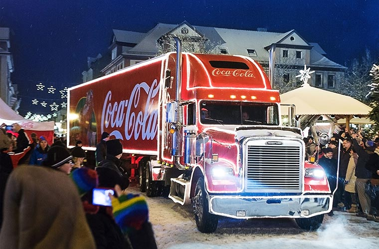 Fahre mit dem Coca-Cola-Weihnachtstruck Coke_Weihnachtstrucktour-2014_01
