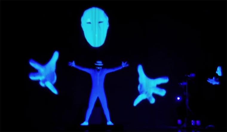 Schwarzlicht-Projektions-Pantomime SIRO-A_Blacklight_Dance