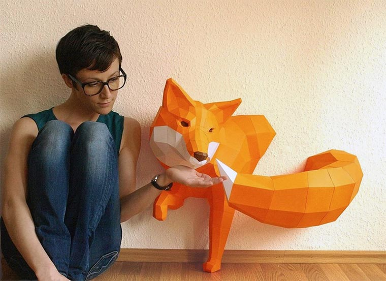 low-poly Tier-Skulpturen aus Papier paperwolf_02