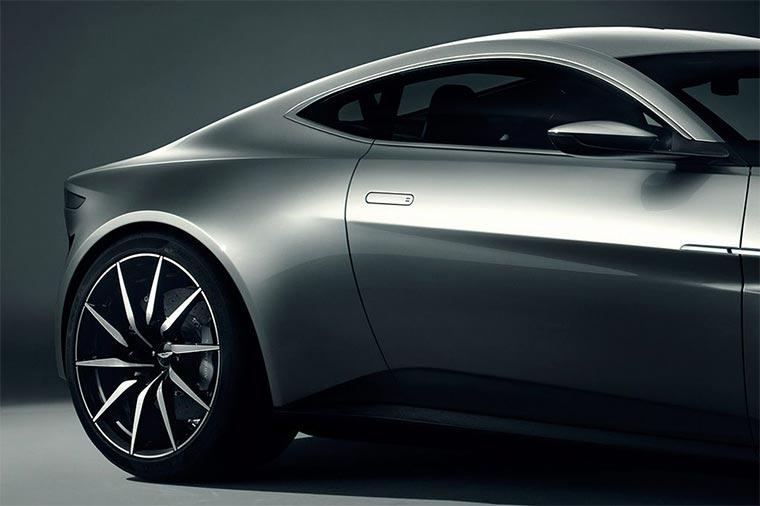 Aston Martin DB10 Aston-Martin-DB-10_04