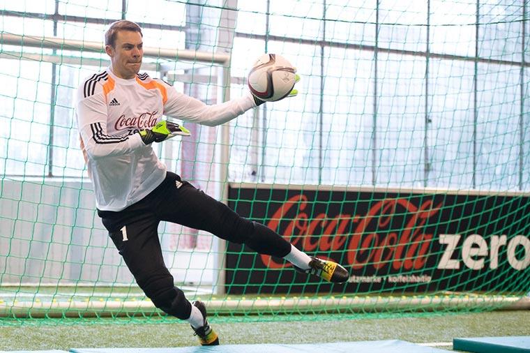 Ich habe Manuel Neuer einen eingeschenkt Coke-Zero_11er-Neuer_08