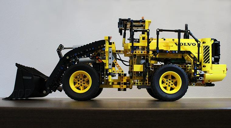 LEGO-Technic-VOLVO_01