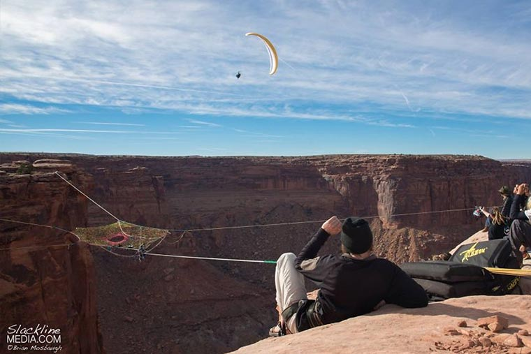 Das Slackline-Spinnennetz Mothership_Space_Net_Penthouse_05