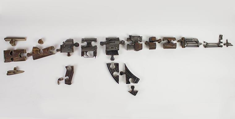 Puzzles aus illegalen Waffen