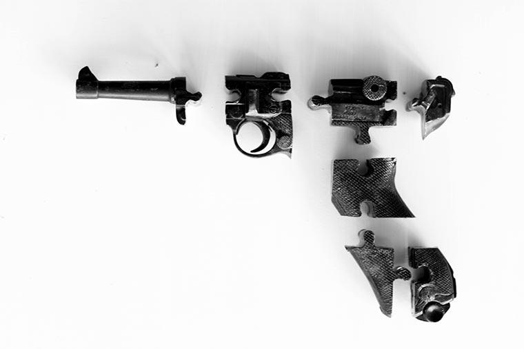 Puzzles aus illegalen Waffen Waffenpuzzle_06