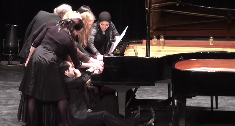 12-pianists