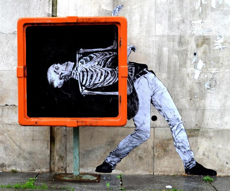 Street Art: Levalet Levalet_01