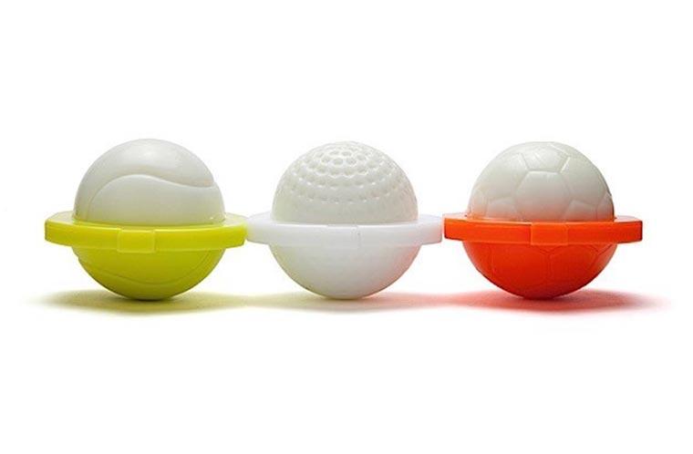 Die Eier in Form bringen