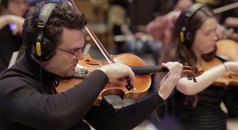 Orchester spielt Filmsoundtrack ein making-of-a-film-score