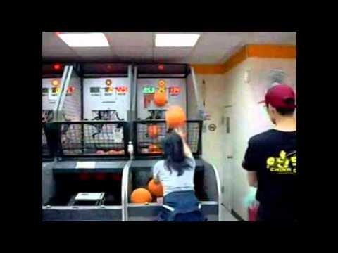 Ultraschnelle Arcade Basketballerin