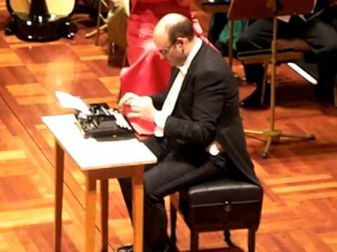 """Live Performance von """"The Typwriter"""""""