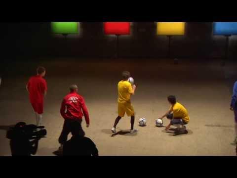Guitar Hero trifft Fußball: Football Hero!