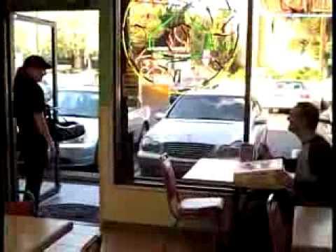 Pizza in Pizzeria liefern lassen