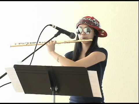 "15-jährige Annie Wu spielt ""Three Beats For Beatbox Flute"""