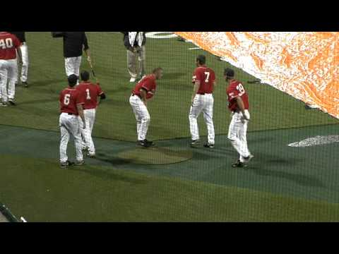 Baseball: Regenpausenshow