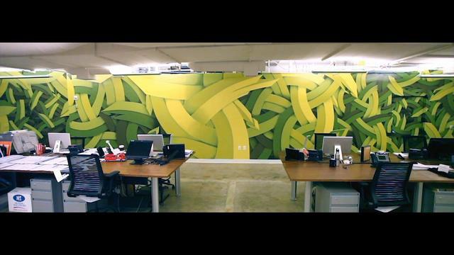 Graffiti-Timelapse: Grüne Bürowand