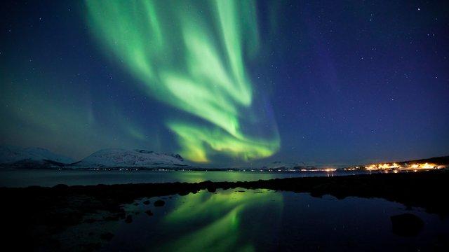 Timelapse des Aurora Borealis über Tromsø in Norwegen