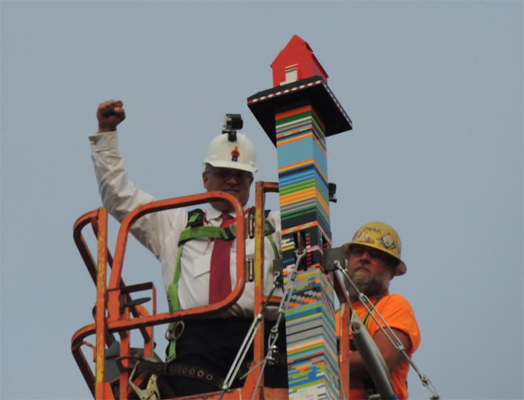 Weltrekord: höchster LEGO-Turm