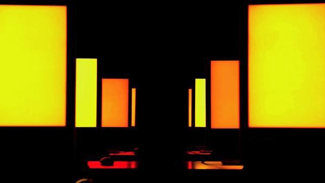 Die Farbsymphonie der Monitore
