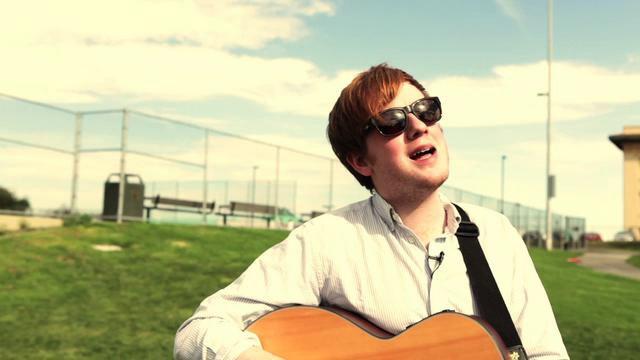 Two Door Cinema Club – Undercover Martyn (acoustic)