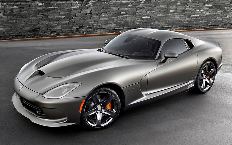 Carporn: 2014 SRT Viper GTS
