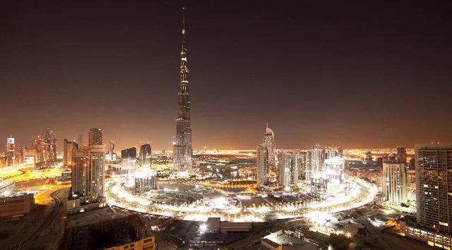 Timelapse: 24 Hours in Dubai