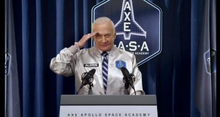 Werde zum Helden: AXE schickt dich ins Weltall!