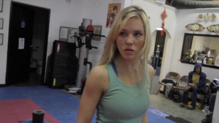 Fighting Scene: Amy vs. Many