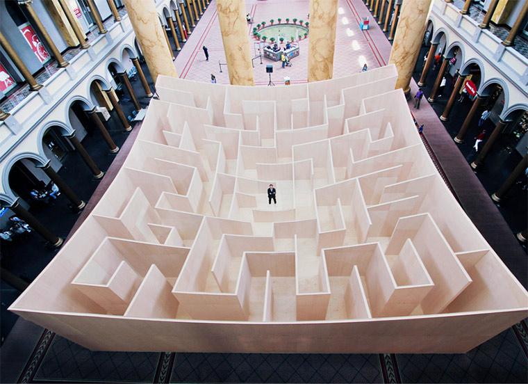 Labyrinth wird nach Innen ersichtlich
