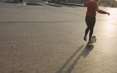 Giulia-longboarding