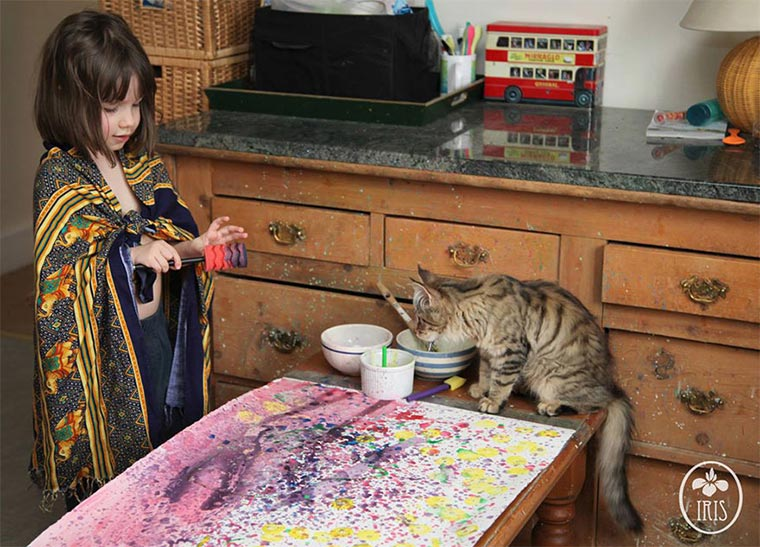 Geniale Malereien einer 5-jährigen Autistin Iris-Grace_04