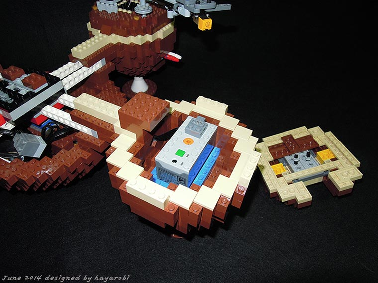 LEGO Turntable LEGO-turntable_03