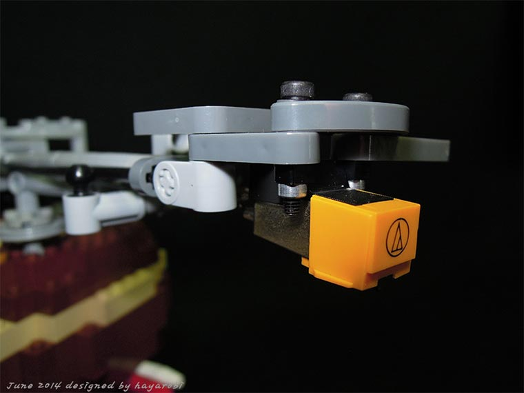 LEGO Turntable LEGO-turntable_07