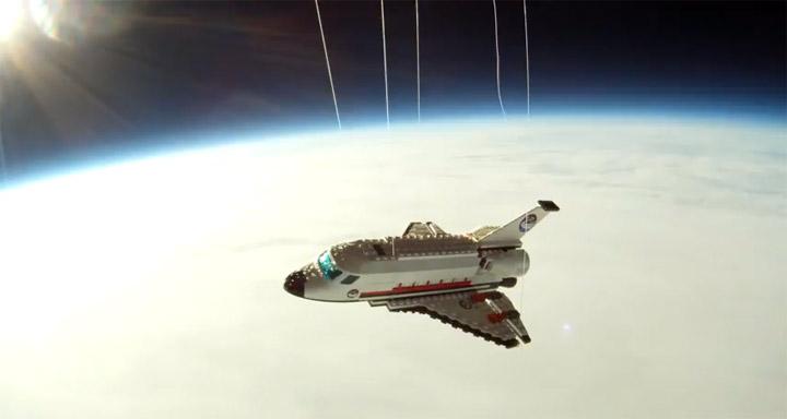 Mit dem LEGO-Spaceshuttle ins Weltall