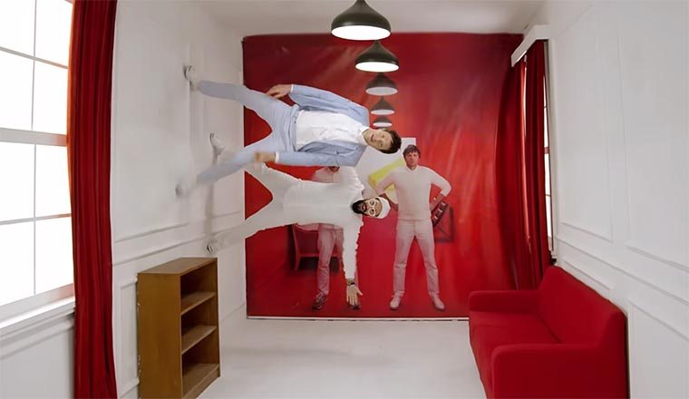 OK Go Werbespot aus China OK-Go_Red-Star