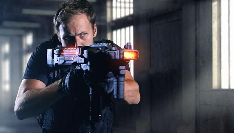 Spielzeug-Gewehr mit SciFi-Effekten