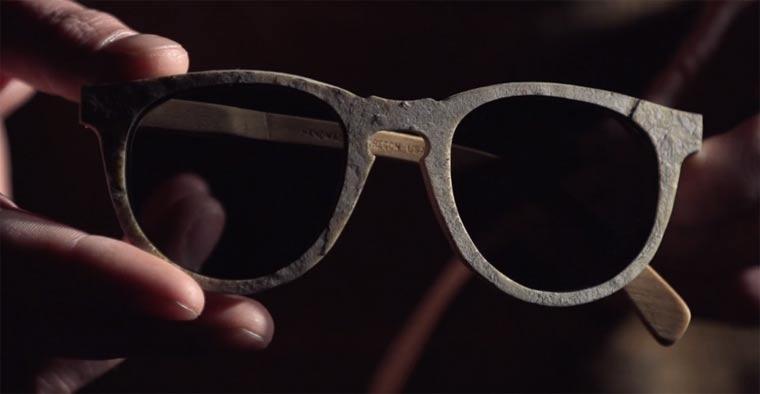 Das Brillenmodell aus Stein