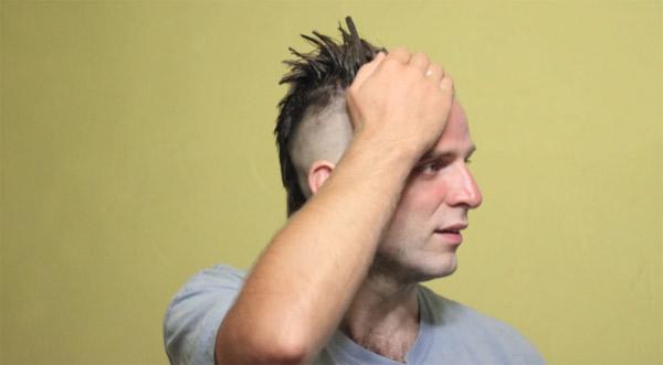Stopmotion: So kommen die Haare auf den Kopf