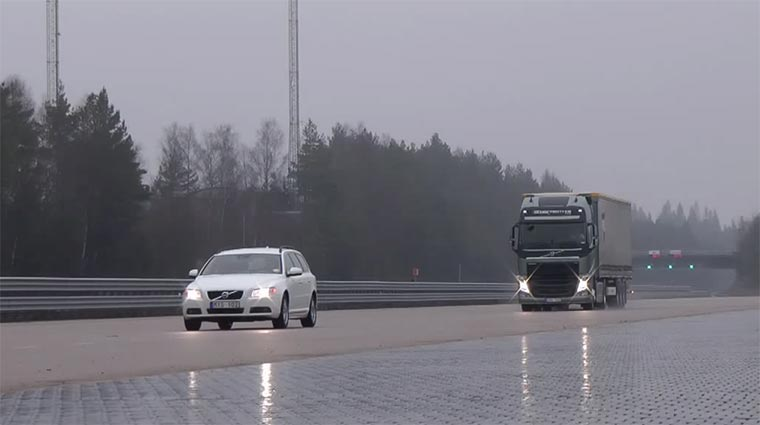 Lastwagen-Extrem-Notbremsen Truck-Brakes