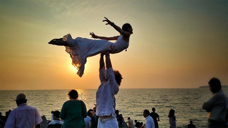 In 83 Tagen an 38 Orten weltweit heiraten Wedding-around-the-world_06