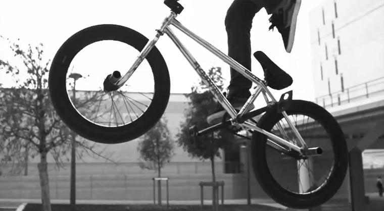 BMX Street Video: Anthony Perrin