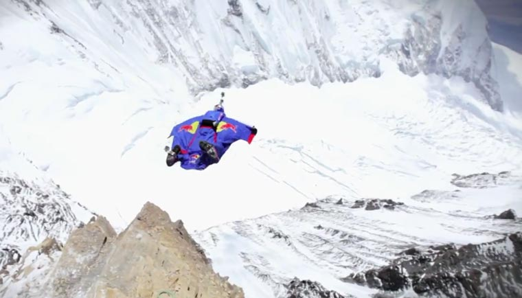 Base Jump vom Mount Everest