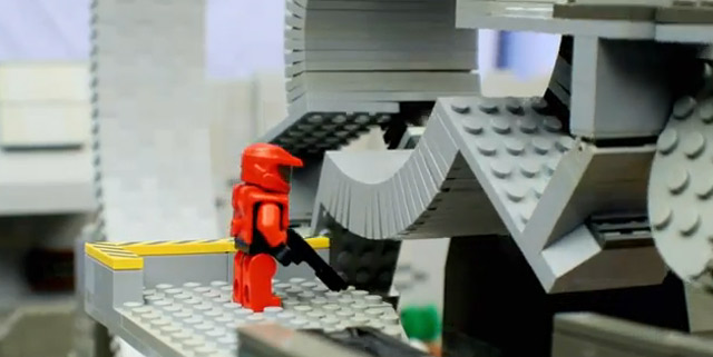 LEGO trifft Halo: Battle of the Brick