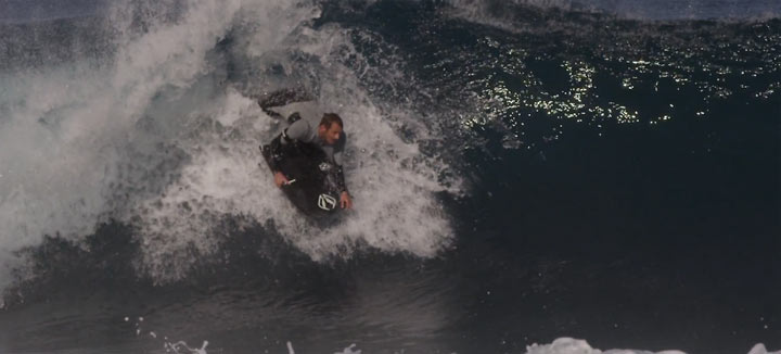 Bodyboarding in Slowmotion