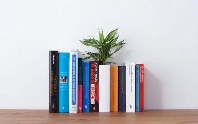 book_vase_01